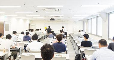 研修などの参加による事業活動の向上